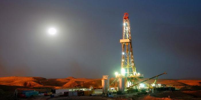 معرفی مشاغل - مهندسی نفت