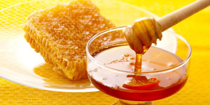 خاصیت های مواد غذایی - عسل