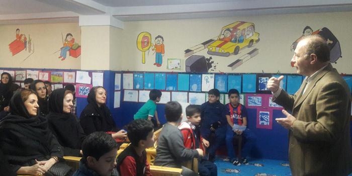 نمایشگاه نقاشی های خلاق دانش آموزان
